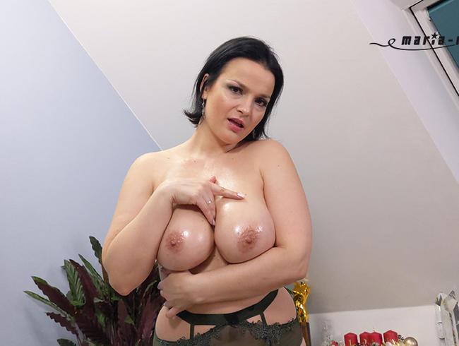 Video Thumbnail Dicke Titten brauchen Pflege...