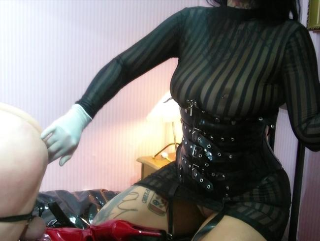Video Thumbnail Redhead Slut Training 1/2