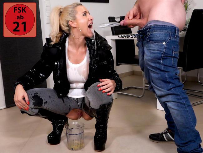 Video Thumbnail Das krass perverse Piss-Spektakel | Extremer Durchlauferhitzer-Doppelpiss 3Loch Fick!
