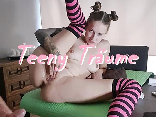 Video Thumbnail Teeny Träume (Hart gefickt bis es spritzt)
