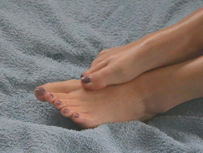 Video Thumbnail Ölige Füße mit geilem Abschluss