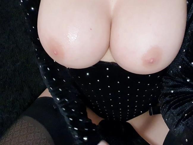 Video Thumbnail Sexy Nylons Titten spucken