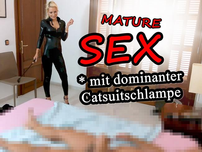 Video Thumbnail Mature SEX mit dominanter Catsuitschlampe !!!
