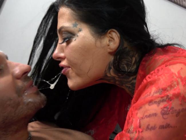 Video Thumbnail Nach dem 3er Valentinstags Fick vom Verlobten gefickt