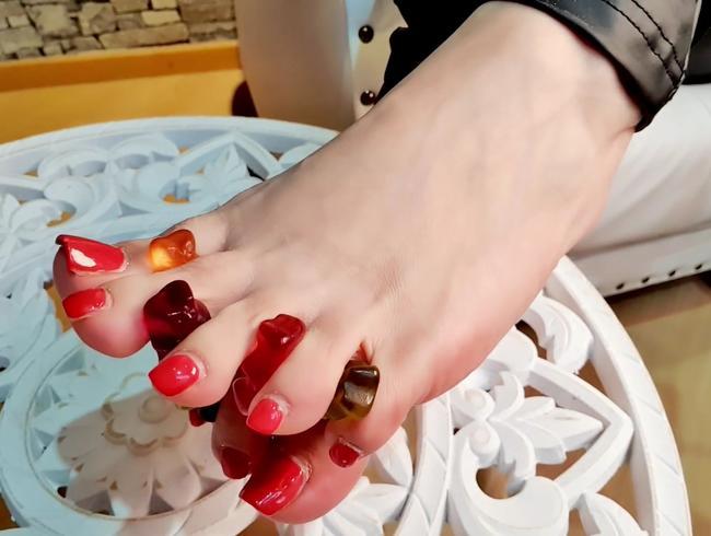 Video Thumbnail Gummibärchen Füße Part2