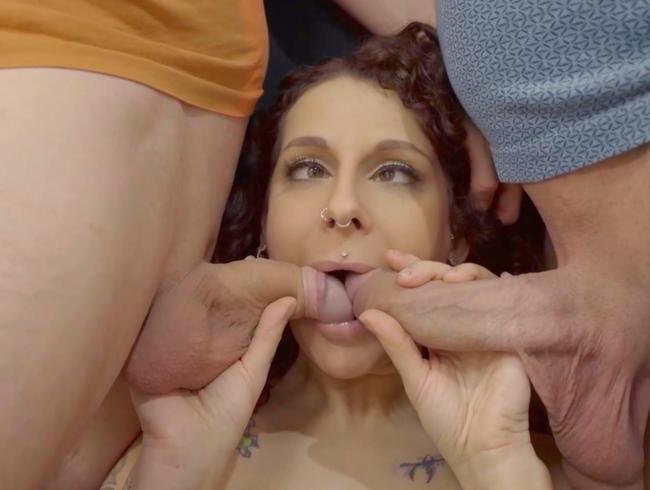 Video Thumbnail Stiefschwester AO hart durchgeknallt und Sperma in beide Löcher gepumpt