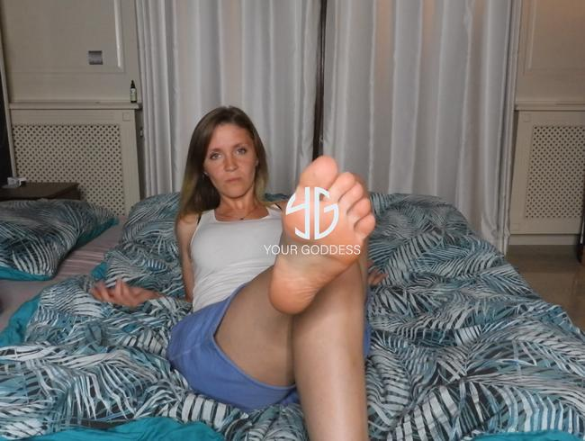 Video Thumbnail Du lebst für meine Füße...