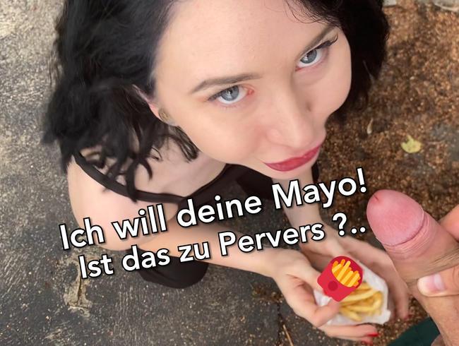 JoanaKaiser - Ich will deine Mayo!!! Ist zu Pervers? Public Sperma essen