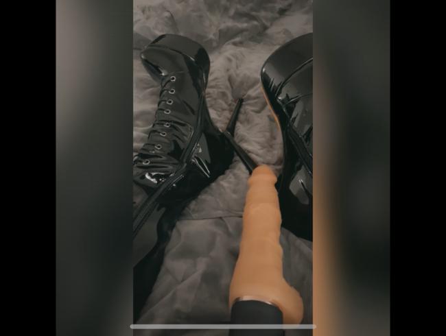 Video Thumbnail Mistress Vlog - Cocooning, Trampling on Body