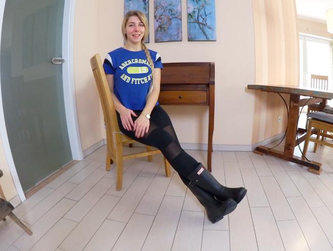 Video Thumbnail Mit TRIEFENDER SPERMAMUSCHI und GUMMISTIEFELN zum FRISEUR - VOLLGEWICHSTE LEGGINGS XXL-Creampie