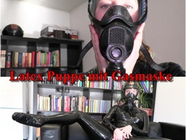 Video Thumbnail Geile Latexpuppe mit Gasmaske