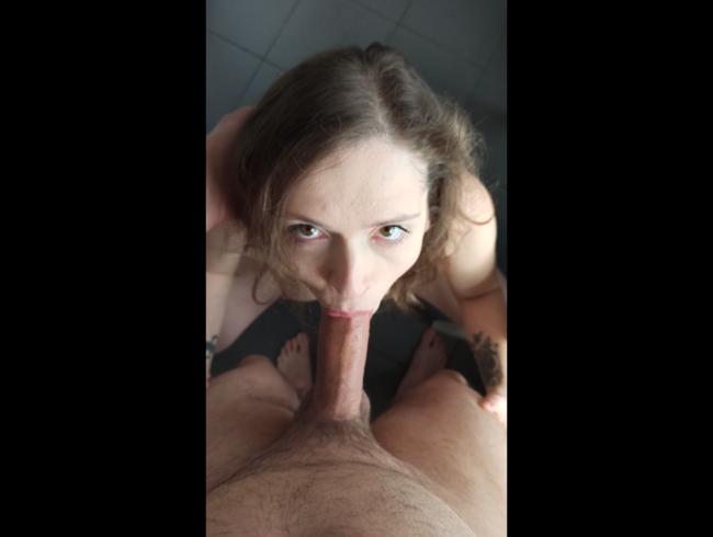 Video Thumbnail Das erste Mal komplett nackt vor der Kamera