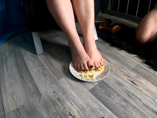 Video Thumbnail Das perfekte Sklaven Mahl für Fuß Fetis