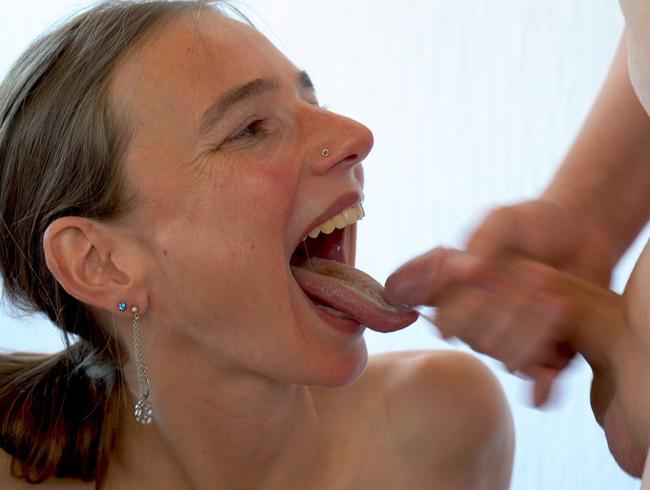 Video Thumbnail Mini gangbang aufm Bock Teil 2 - Sperma !!!