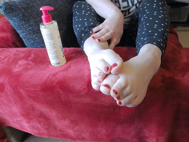 Video Thumbnail Ölige Füße