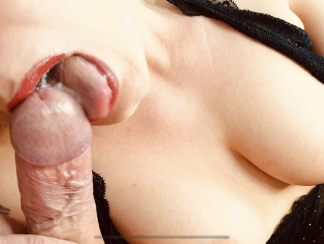 Video Thumbnail Mein erstes Blowjob-Video!!! So geil, so nah und so viel Sperma!!!