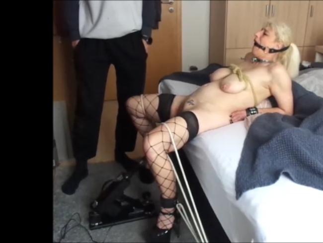 Video Thumbnail Sklavin Sylvia Bondage Maschine Fucking gagged