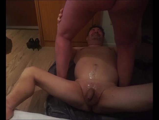 Video Thumbnail SO ist ein Mann doch gerne angepisst