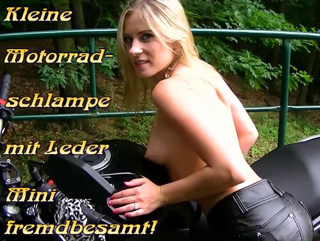 Video Thumbnail Kleine Motorradschlampe mit Leder Mini fremdbesamt!