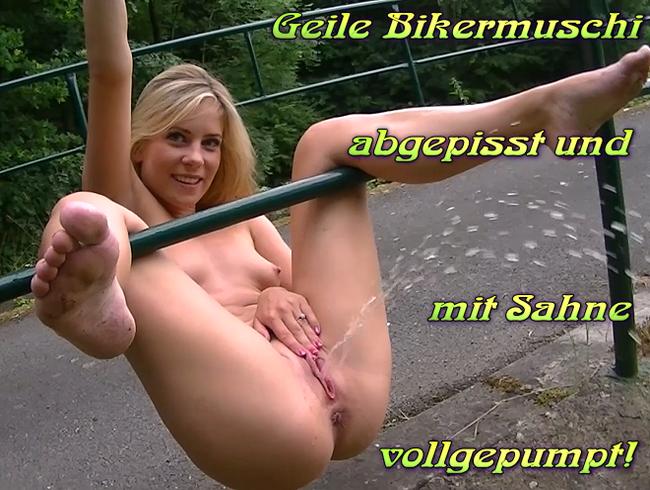 Video Thumbnail Geile Bikermuschi abgepisst und mit Sahne vollgepumpt!