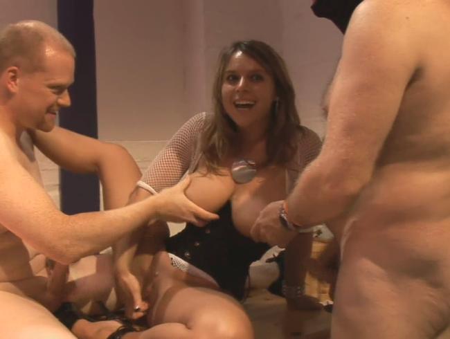 Video Thumbnail einfach als schwanzgeiles spermaluder präsentiert