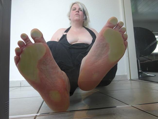 Video Thumbnail Stinkfüße Schweißfüße Füße riechen und lecken