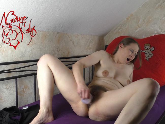 Video Thumbnail Epischer Teeny Orgasmus - Ich schrei vor Purer Geilheit für Dich !! Nadines Geiler Orgasmus Quckie