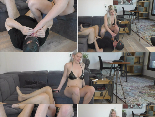 Video Thumbnail Princess Nora  Fußfetisch - Fuß und Zehen lecken und dem Sklaven das Maul stopfen