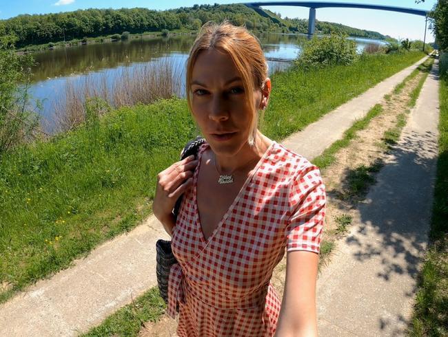 Video Thumbnail Suchtgefahr !! Public Summer Flash !! Total versaut unterwegs!!
