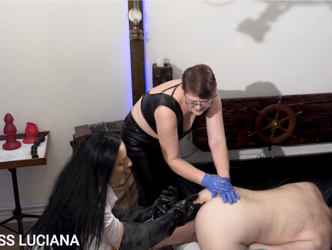 Video Thumbnail 2 Ladies deep in your Hole