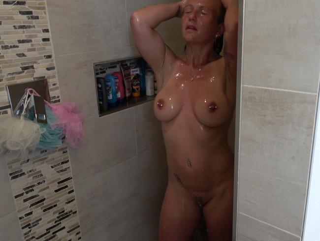 Video Thumbnail Nach den Duschen gefickt