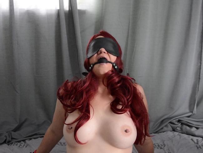 Video Thumbnail Devotes Luder genießt BDSM!!!!