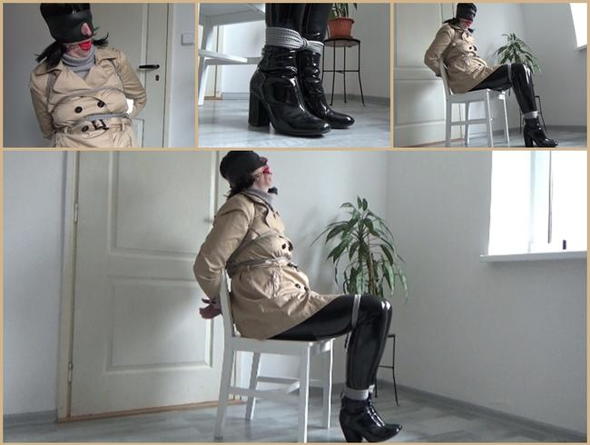 Video Thumbnail Mein Amateur-Bondage, 29. März 2021: Zweireihiger Mantel und PVC-Leggings