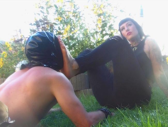 Video Thumbnail If The Tattooed Girl Next Door... 2/3