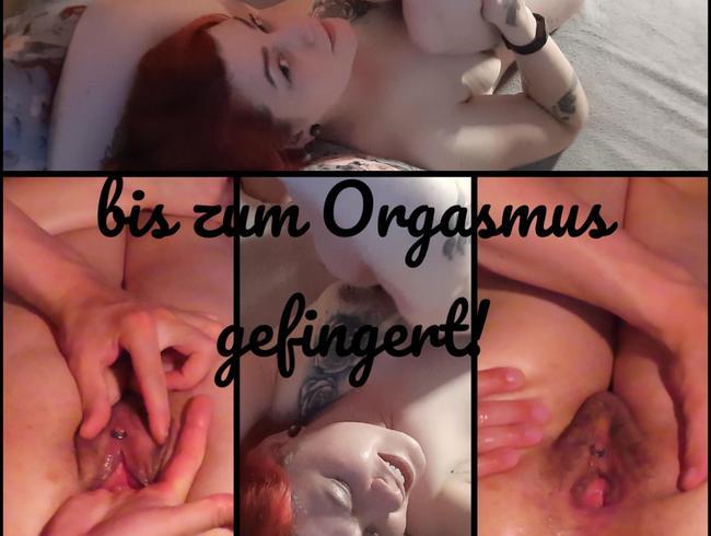 Video Thumbnail bis zum Orgasmus gefingert!