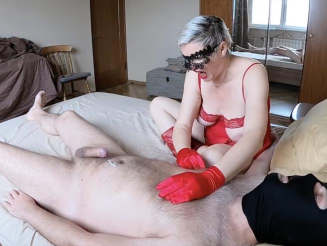 Video Thumbnail Satinhandschuhe necken und ruinierter Orgasmus