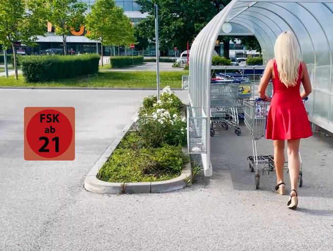 Daynia - Die perverse Blondine aus dem Supermarkt | Sein sehnlichster Wunsch ging plötzlich in Erfüllung....!