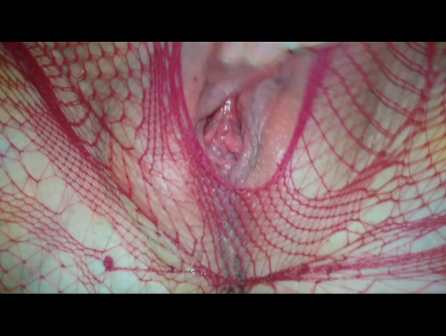 Video Thumbnail In roter Netzstrumpfhose selbst gemacht und abgespritzt
