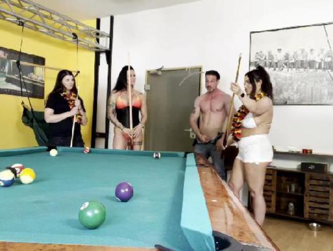 Video Thumbnail Vollgewichst beim Billiard Spiel