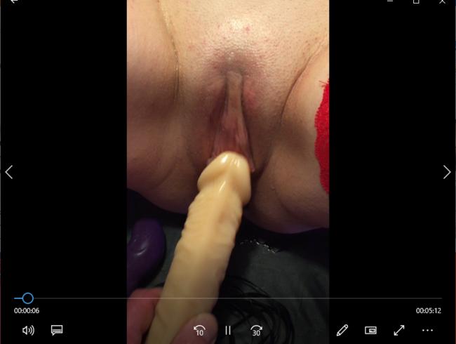Video Thumbnail Gefesselt am Tisch