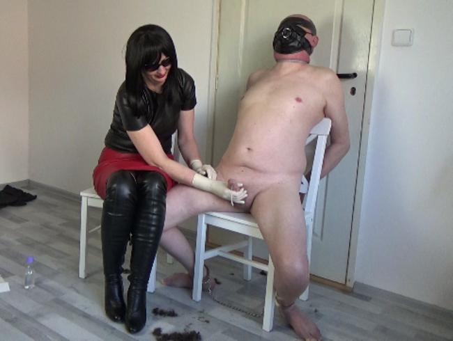 "Video Thumbnail Lederfriseur, Teil: ""OP-Handschuhe Handjob"""