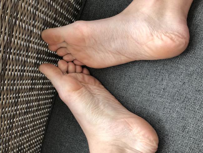 Video Thumbnail Schöne sexy gepflegte Füße