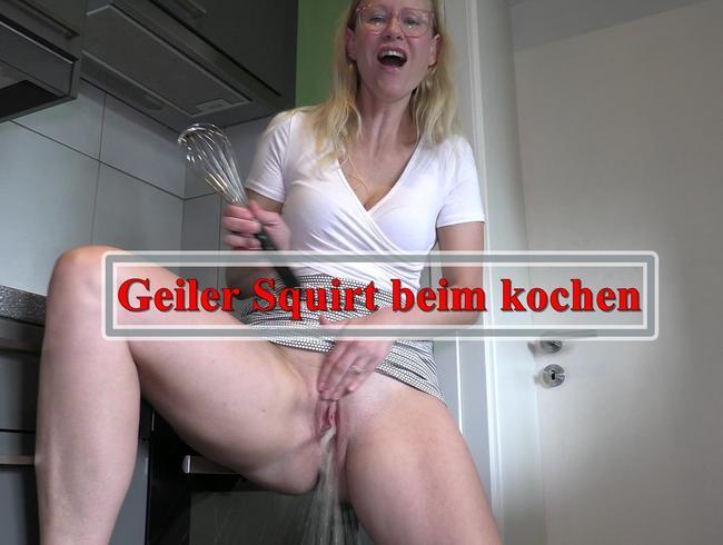 Video Thumbnail Geiler SQUIRT in der Küche!