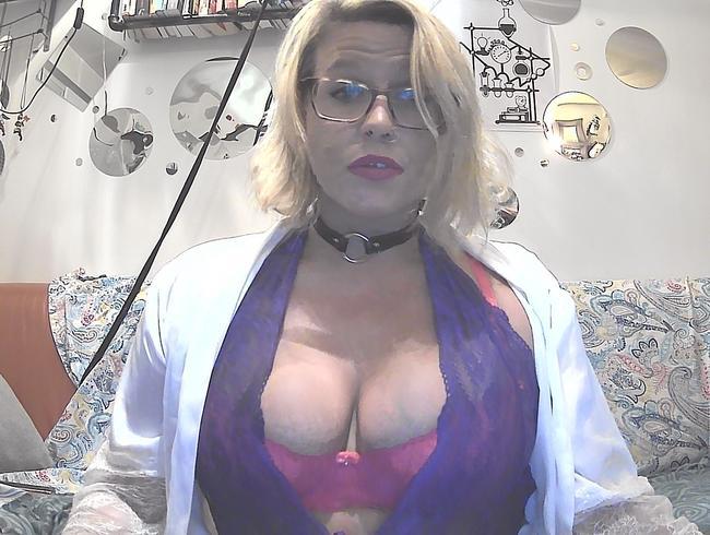 Video Thumbnail Dildo blasen und öliger Tittenfick mit rosa und lila Unterwäsche