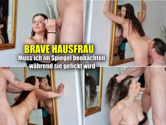 Video Thumbnail Brave Hausfrau. Beobachtet sich im Spiegel während sie gefickt wird