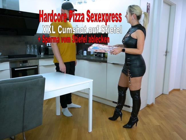 Video Thumbnail Hardcore Pizza Sexexpress XXL Cumshot auf Stiefel