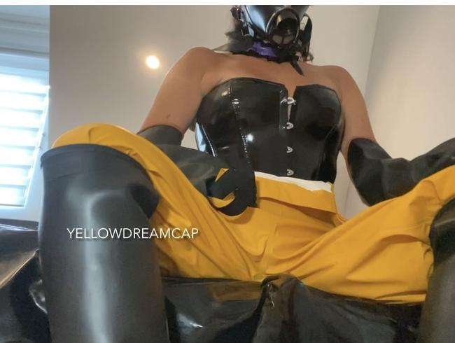 Video Thumbnail Geile Masturbation in meinem Gummioutfit mit Gasmaske