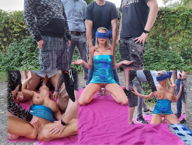 Video Thumbnail EXTREM! Öffentlich als perverse Schlampe vorgeführt!!