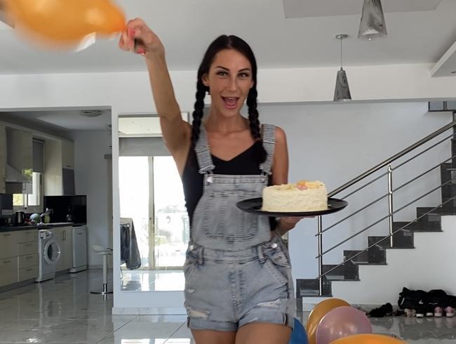 Video Thumbnail Zum 18. Geburtstag entjungfert! Happy Birthday ;)